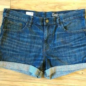 Gap 1969 Sexy Boyfriend Shorts Size 29r Womens